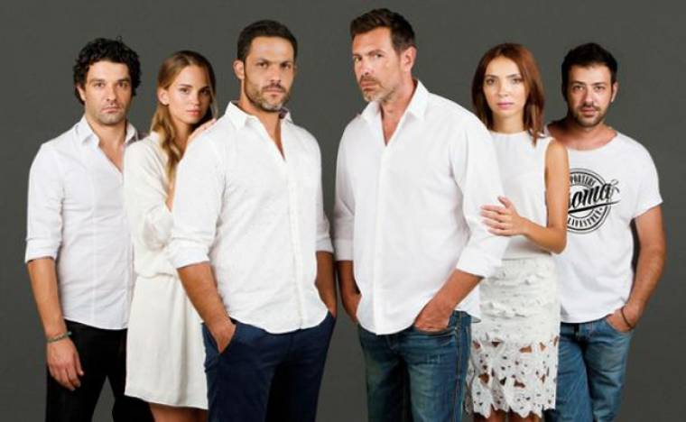 Ρουά Ματ: Η Παυλίνα ζητά επίμονα από τον Μιχαήλ να την παντρευτεί πριν γεννήσει