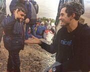 Ο Orlando Bloom επισκέφθηκε τα παιδιά των προσφύγων