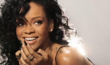 Μα να είναι τέλεια ό, τι κι αν κάνει; Η Rihanna πάχυνε και... παραμένει θεά