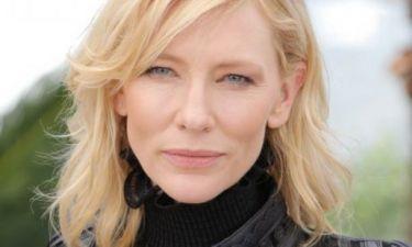 Δεν την έχουμε ξαναδεί έτσι: H Cate Blanchett και το super εκκεντρικό της outfit