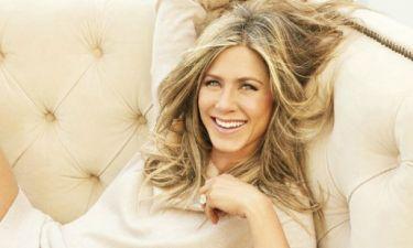 Βίντεο:Η Jennifer Aniston υποδύεται την Carrie Bradshaw & το αποτέλεσμα είναι ξεκαρδιστικό
