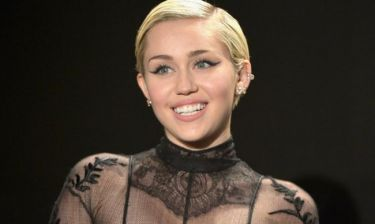 Η Miley Cyrus το «έχει χάσει»- Θα κάνει συναυλία γυμνή