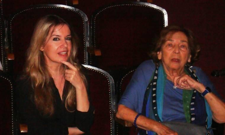 Η Άλκη Ζέη στο θέατρο «Βρετάνια»