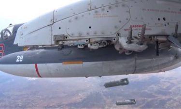 Ρωσικά αεροσκάφη βομβαρδίζουν στόχους στη Συρία (video)