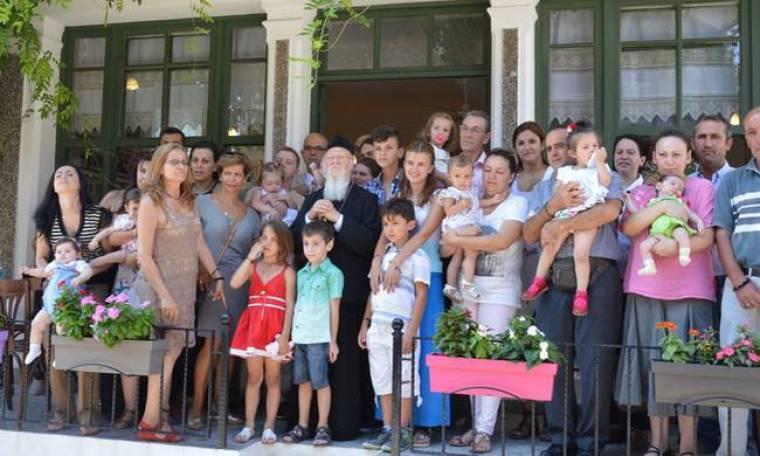 Ίμβρος: Ρίγη συγκίνησης - Άνοιξε το ελληνικό σχολείο μετά από 50 χρόνια