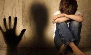 Φρίκη στον Τύρναβο - Νεαρός έδεσε, φίμωσε και βίασε τον 12χρονο ανιψιό του