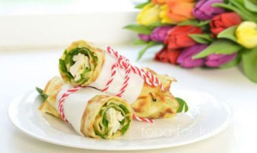 Κολατσιό για το σχολείο: Pancakes με κοτόπουλο, σπανάκι και αυγό