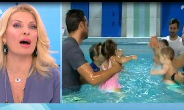 Ελένη Μενεγάκη: «Έλιωσε» με τους μπαμπάδες που κάνουν baby swimming