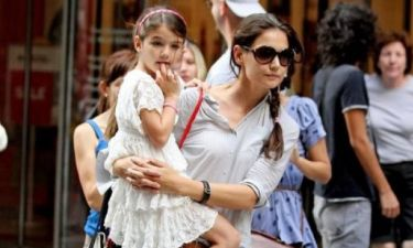 Suri Cruise: Η μεταμόρφωσή της από μελαγχολικό παιδάκι στο πιο χαρούμενο κορίτσι