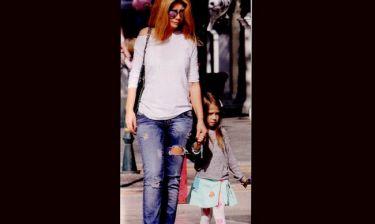 Ζήνα Κουτσελίνη: Με τη κόρη της στην Κηφισιά