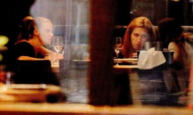 Ζέτα Μακρυπούλια: Για δείπνο με τις φίλες της πριν από την μεγάλη απόφαση