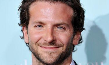 Bradley Cooper: Παραδέχεται ότι δούλευε… λάντζα σε ελληνικό εστιατόριο!