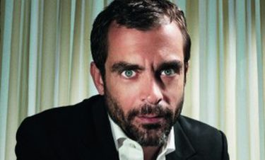 Κωνσταντίνος Μαρκουλάκης: «Αγαπώ το θέατρο, µου δίνει δύναµη, είναι το καταφύγιό µου»