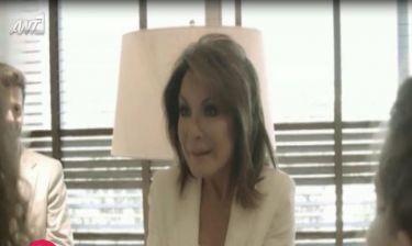 Η Γιάννα Αγγελοπούλου νανουρίζει μέσω Skype την εγγονή της