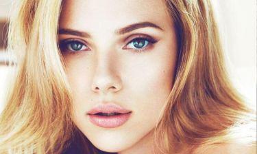 Καθαρή επιδερμίδα; Η Scarlett Johansson έχει τη λύση στο ντουλάπι της κουζίνας της!