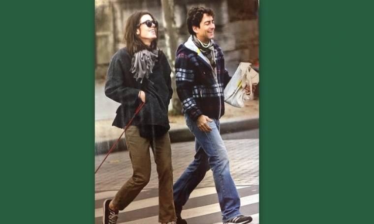 Σαρλότ Κασιράγκι: Χαμογελά ευτυχισμένη στο πλευρό του σκηνοθέτη