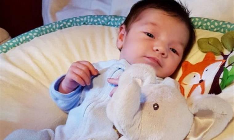 O γιος της Ελληνίδας τραγουδίστριας έγινε 18 ημερών