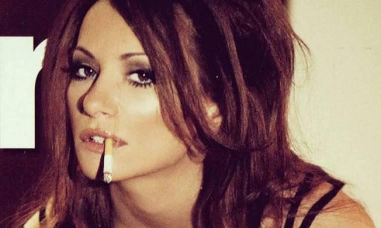 Μάρω Λύτρα: Άναψε τσιγάρο και «έβαλε φωτιά» στο instagram