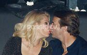 Το φιλί και η βέρα στο δεξί για Μενεγάκη-Παντζόπουλο