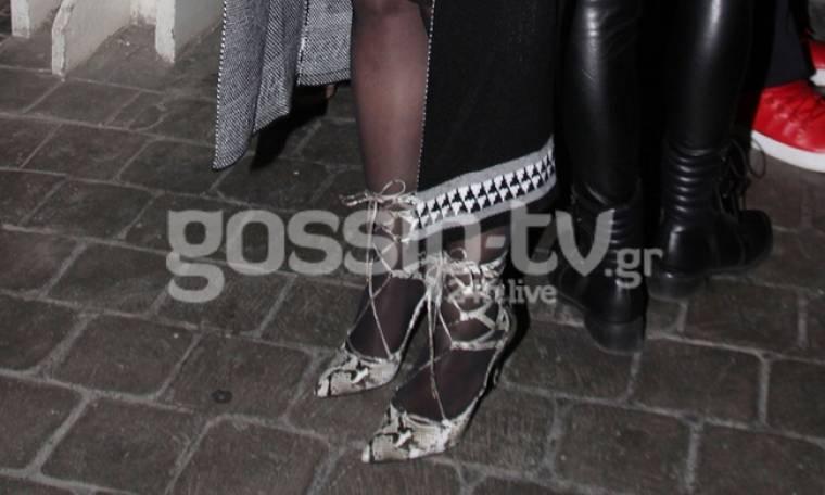 Δε σου έχουν πει ότι στην εγκυμοσύνη δε φοράνε τακούνια;