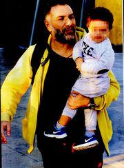 Γρηγόρης Αρναούτογλου: Πουθενά χωρίς τον γιο του!