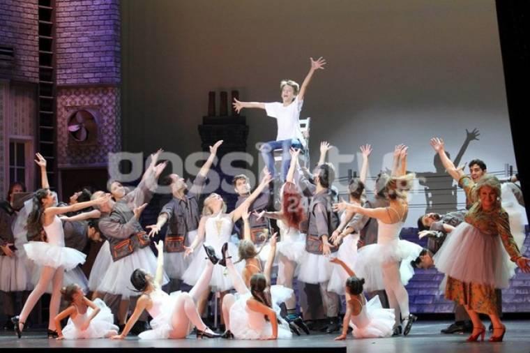 Η πολυαναμενόμενη επίσημη πρεμιέρα του Billy Elliot έγινε και ήταν όλοι εκεί!