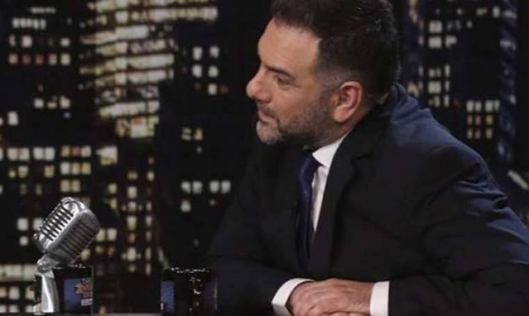 Άγριο κράξιμο στον Αρναούτογλου: «Στιγμές απόλυτης τηλεοπτικής καφρίλας»