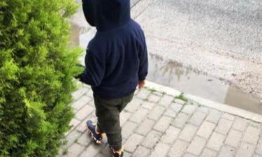 Φαίη Σκορδά: Μόλις φωτογράφησε τον μεγάλο της γιο να μπαίνει στο σχολικό (φωτό)