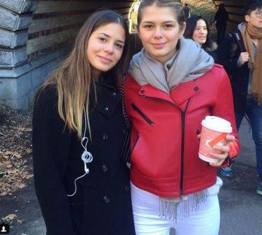 Το ταξίδι της Αλεξάνδρας Κωστοπούλου στην Αμερική και η επίσκεψη στην  αδερφή της