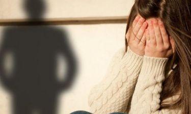 ΣΟΚ στην ΕΡΤ3! Βρέθηκαν κρυφές κάμερες του παιδόφιλου στις γυναικείες τουαλέτες