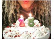 Ελληνίδα τραγουδίστρια έχει γενέθλια και… θέλει να πιστεύει ότι είναι μόνο 18