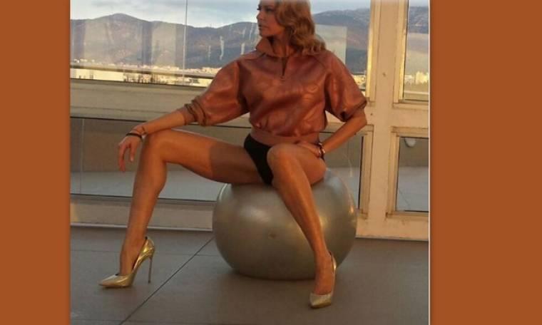 'Εριξε το Instagram με τη σέξι φωτογράφισή της η Τζένη Μπαλατσινού