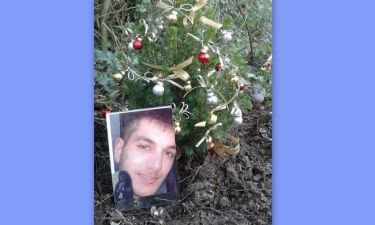 Συγκινητικό: Γιακουμάκης: Οι φωτογραφίες με τον «Χριστουγεννιάτικο κήπο» του στο facebook