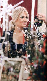 Φαίη Σκορδά: Shopping για χριστουγεννιάτικα δώρα!