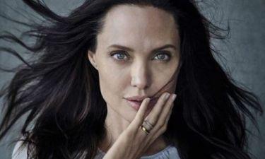 Η νέα εμφάνιση της Angelina Jolie μετά το χαμό με τα... σκελετωμένα χέρια της
