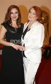 Επίδειξη μόδας με την υπογραφή της μητέρας της Μπάγιας Αντωνοπούλου
