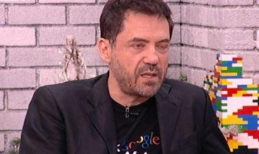 Θάνος Καλλίρης: «Έχασα τον πατριό μου πριν λίγες μέρες. Πέθανε ξαφνικά όπως ο Χατζησάββας»