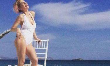 Έβαλε φωτιά η Ράνια Κωστάκη με το καυτό τσιφτετέλι (video)