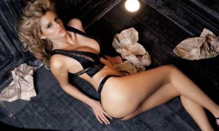 Οι γυμνές ευχές της Ρίας Αντωνίου… έριξαν το ίντερνετ! (photos)