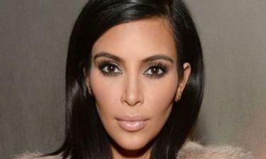 Σαν δίδυμες αδερφές! Δείτε τη διάσημη blogger που είναι... φτυστή η Κim Kardashian!