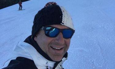 Δείτε τον γιο της Φαίης Σκορδά και του Γιώργου Λιάγκα να κάνει σκι!