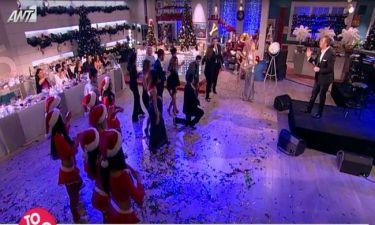Ο Ρέμος τραγουδά και ο Λιάγκας χορεύει ζειμπέκικο στο ρεβεγιόν