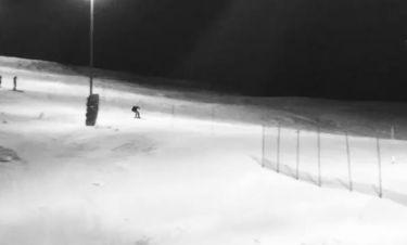 Νίκος Κριθαριώτης: Κατεβαίνει τις χιονισμένες βουνοπλαγιές