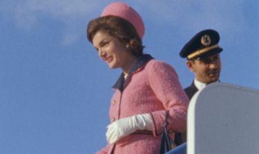 Το ροζ ταγέρ της Jackie Kennedy και γιατί… εξαφανίστηκε
