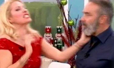 Απολαυστικό βίντεο: Μετρήστε πόσες φορές η Ελένη χαστουκίζει τον Γκουντάρα!