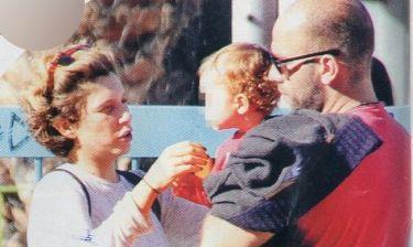 Σύλβια Δεληκούρα - Δημήτρης Λιόσης: Στην παιδική χαρά με τον γιο τους!