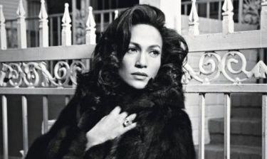 Είμαστε σίγουρες πως θα «δακρύσεις» αν δεις την γκαρνταρόμπα της Jennifer Lopez
