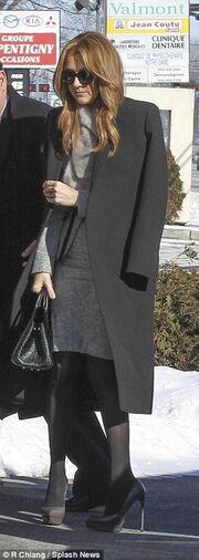 Σωστό ράκος η Celine Dion στην επιμνημόσυνη δέηση του αδελφού της!