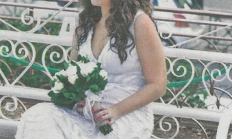 Το φωτογραφικό άλμπουμ του γάμου γνωστής Ελληνίδας παρουσιάστριας, που παντρεύτηκε μυστικά