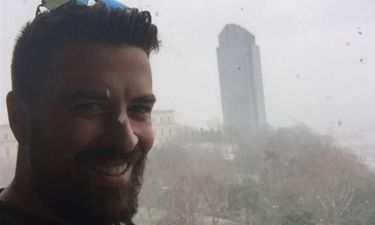 H selfie του Αϊβάζη μέσα στη χιονοθύελλα